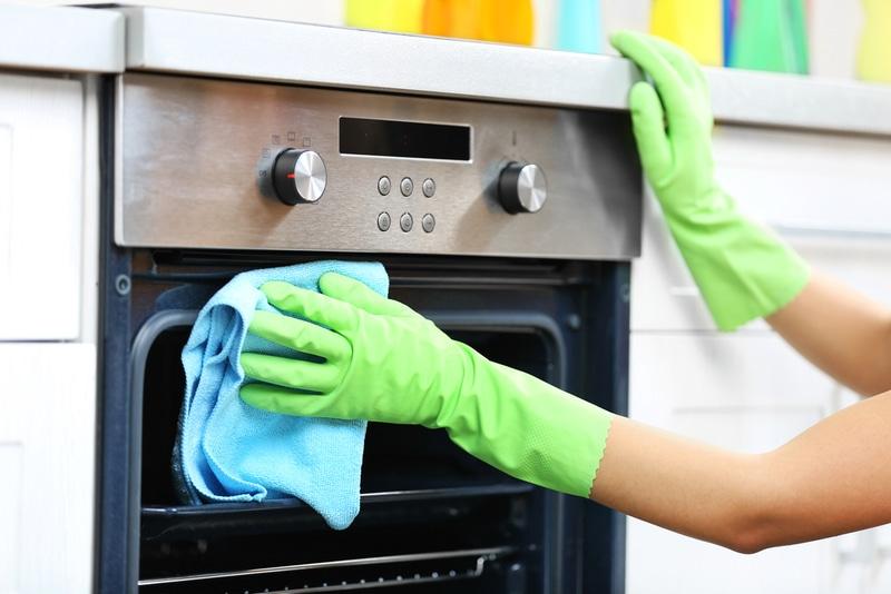 sprzątanie kuchni przed świętami
