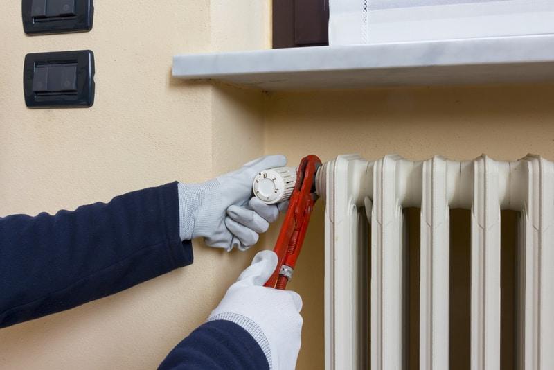 montaż termostatu grzejnikowego