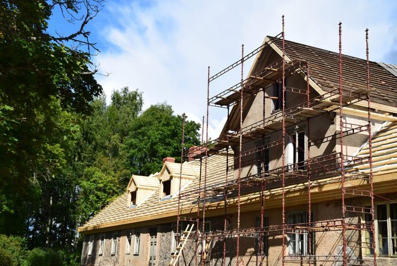 remont elewacji starego budynku
