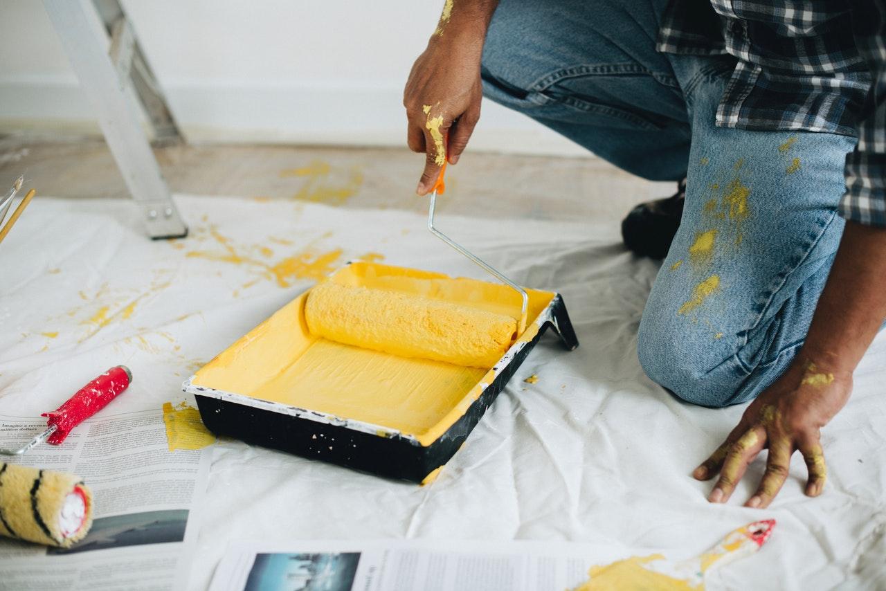malowanie ścian wałkiem