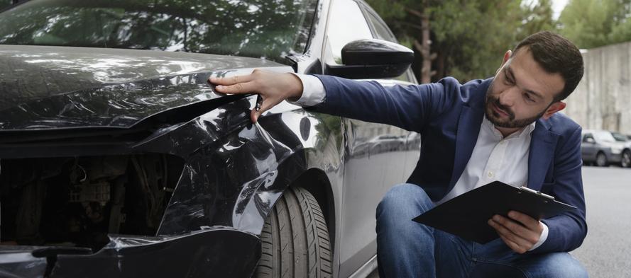 ocena uszkodzeń samochodu