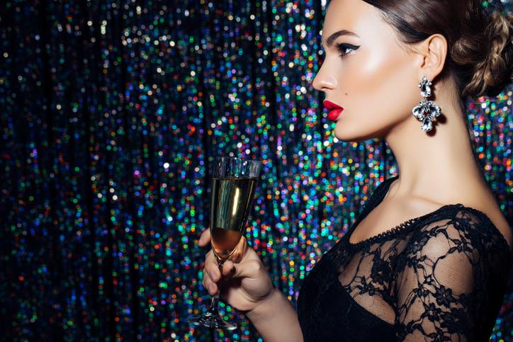 Makijaż sylwestrowy - trendy, jak zrobić