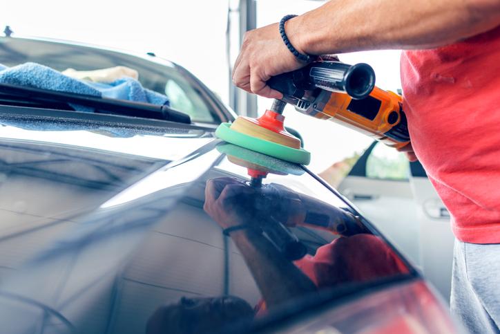 Ile kosztuje lakierowanie samochodu?