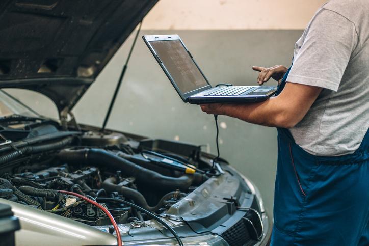 Na czym polega przegląd techniczny samochodu?